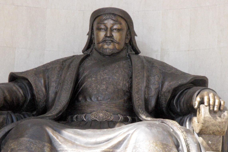 Genghis Khan el señor de todos lo oceanos