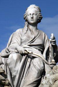 Detalle de la fuente a la Diosa Cibeles en Madrid