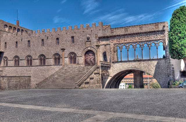 palacio papal viterbo