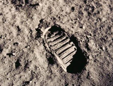 huella de Armstrong en la luna