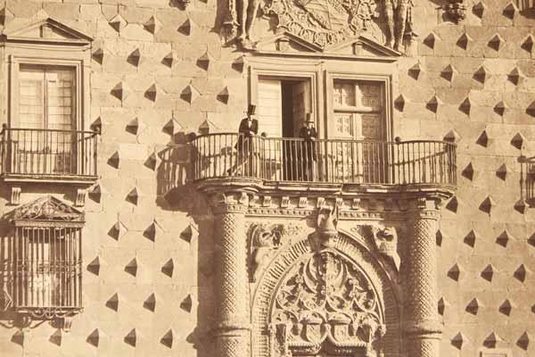 fachada principal del Palacio del Infantado en 1856