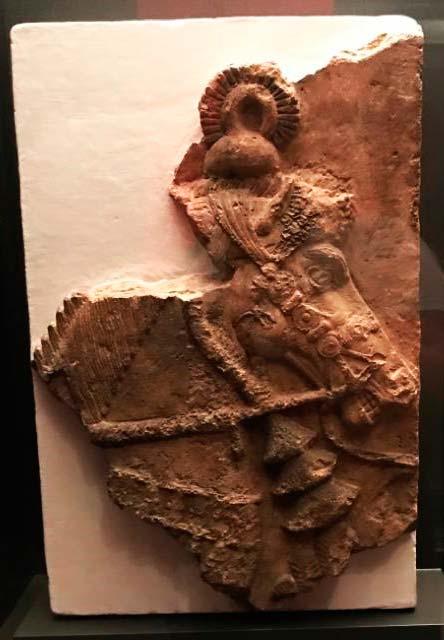 caballo de guerra asirio
