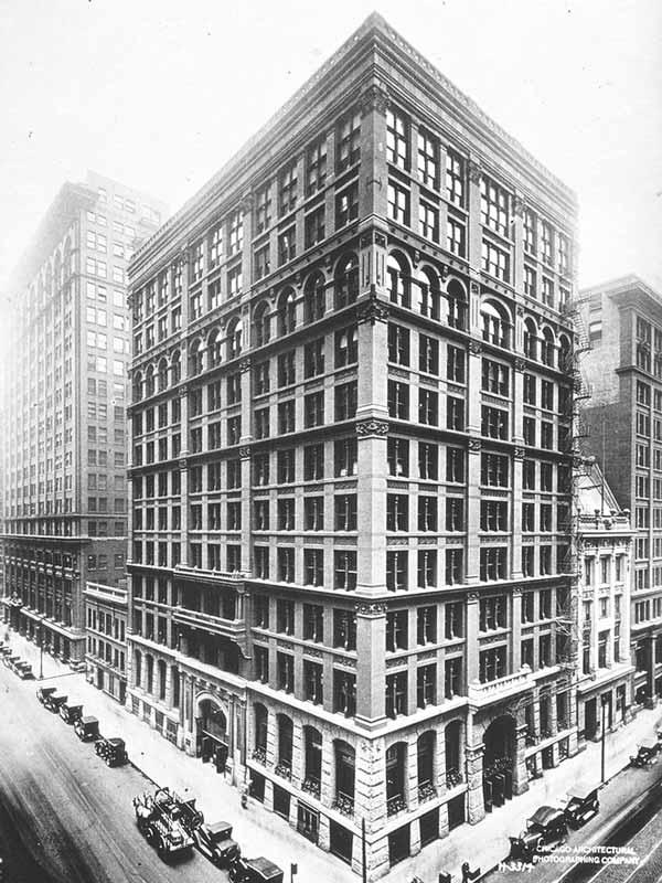 primer rascacielos de la historia