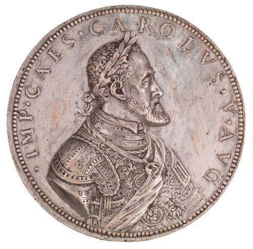 medalla carlos v